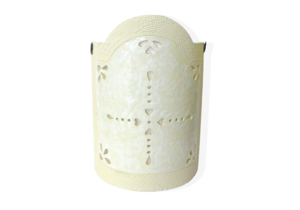 Lampada da parete in ceramica bianca
