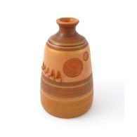 Vaso in ceramica moderno con impronte