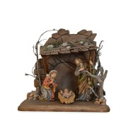 Statuine in legno presepe: presepe con capanna
