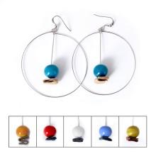 Orecchini a cerchio con perle di vetro